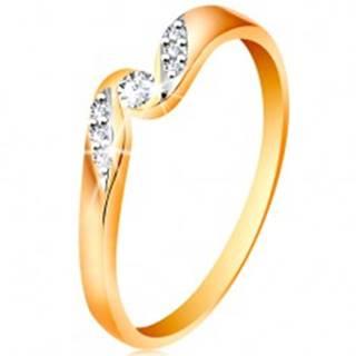 Zlatý prsteň 585 - číry zirkón medzi koncami ramien, drobné zirkóniky - Veľkosť: 48 mm