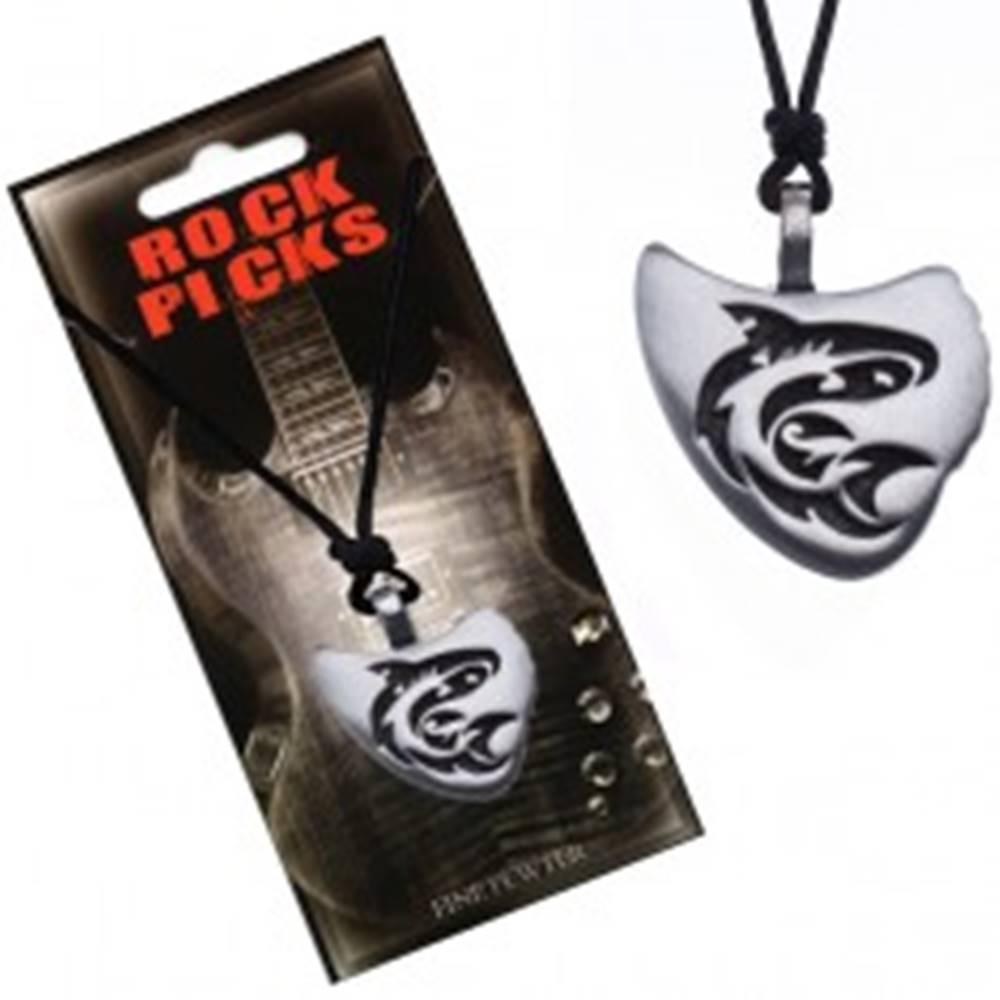 Šperky eshop Náhrdelník s príveskom trsátka, vyrezávaný žralok