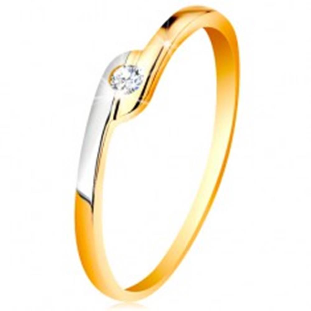 Šperky eshop Prsteň zo 14K zlata - okrúhly číry zirkón, dvojfarebné predĺžené konce ramien - Veľkosť: 49 mm