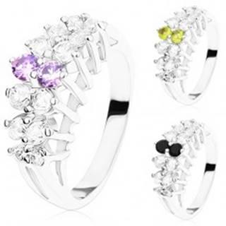 Ligotavý prsteň s rozdelenými ramenami, vyvýšené zirkónové línie - Veľkosť: 49 mm, Farba: Číra - fialová