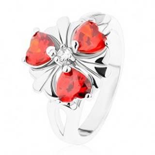 Prsteň v striebornom odtieni, kvet s oranžovými zirkónovými srdiečkami - Veľkosť: 52 mm