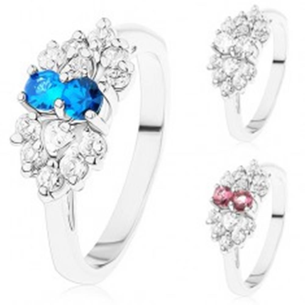 Šperky eshop Prsteň v striebornom odtieni, mašlička z čírych a farebných zirkónov - Veľkosť: 53 mm, Farba: Číra - modrá