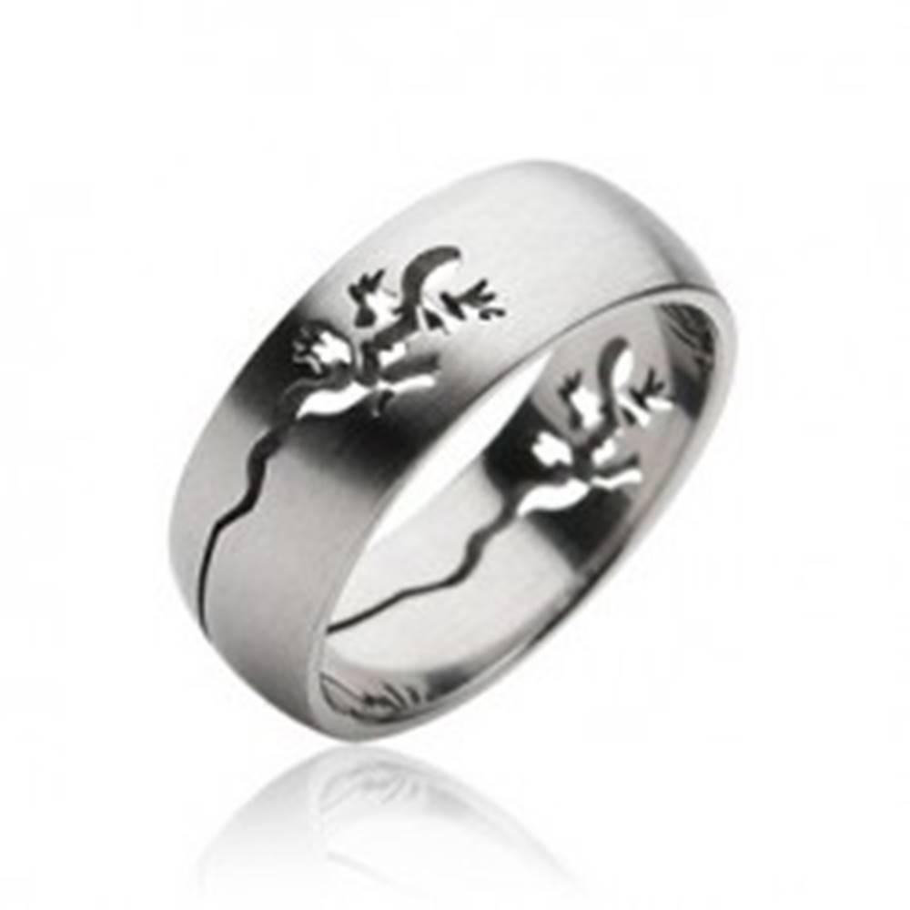 Šperky eshop Prsteň z chirurgickej ocele - vyrytá jašterička - Veľkosť: 59 mm