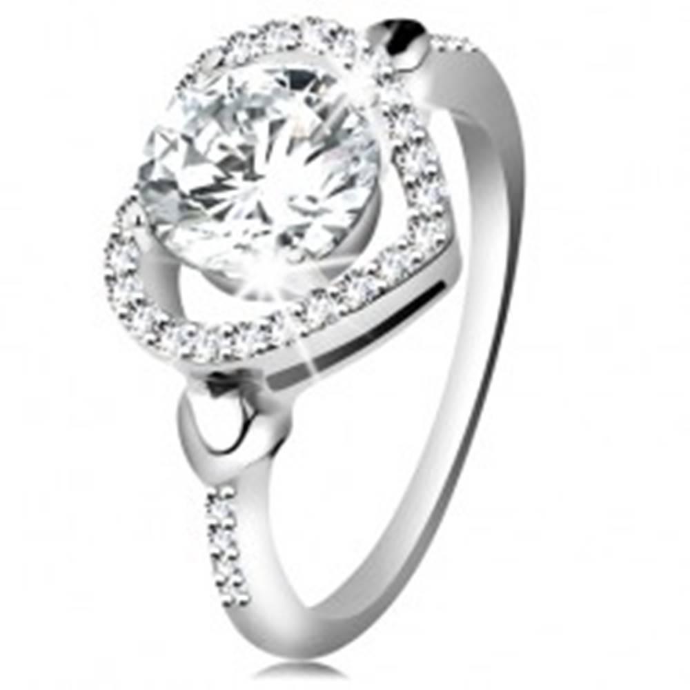 Šperky eshop Strieborný 925 prsteň, veľký číry zirkón v ligotavej kontúre srdca - Veľkosť: 49 mm