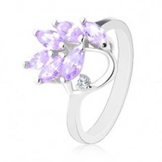 Ligotavý prsteň striebornej farby, vetvička so svetlofialovými zrnkami - Veľkosť: 48 mm