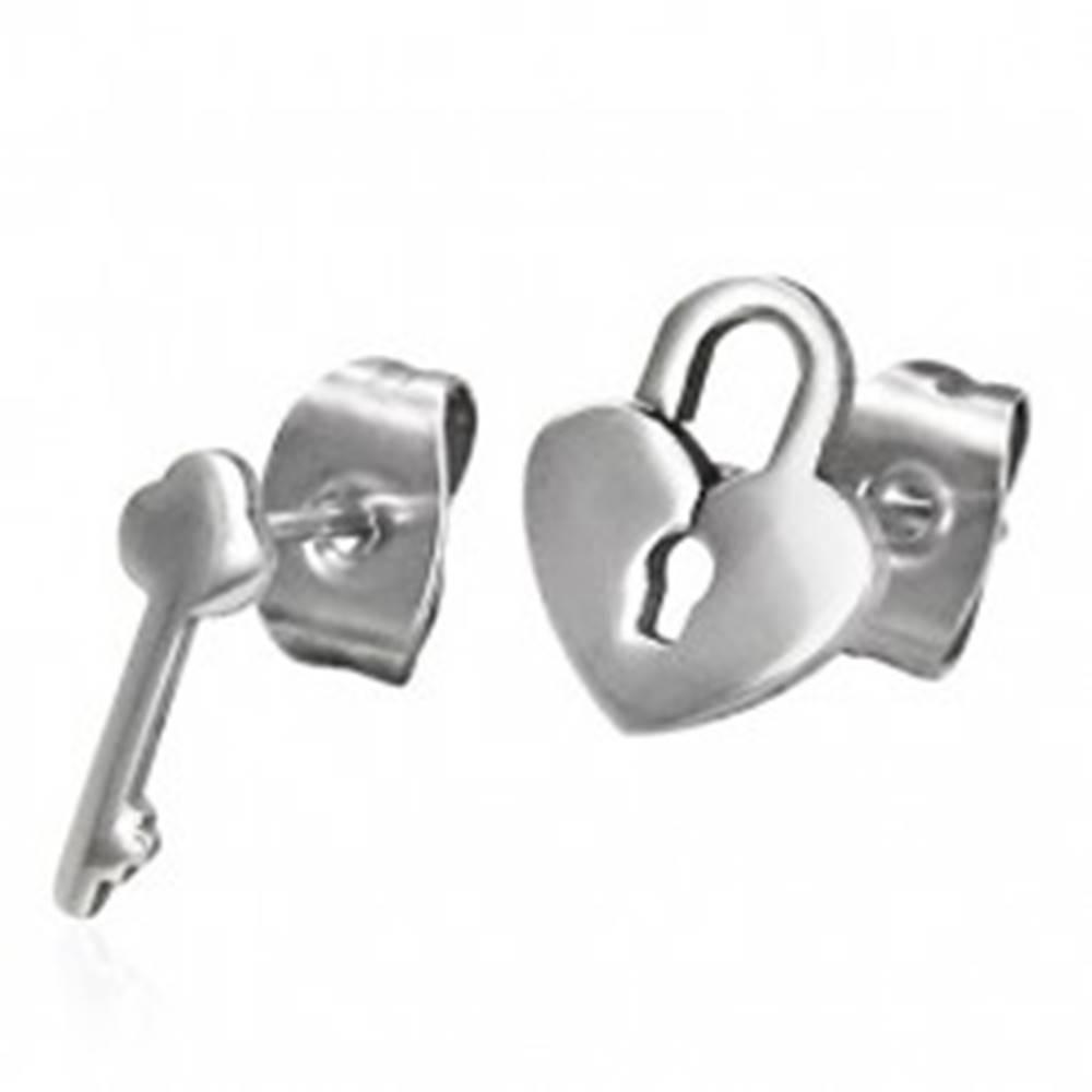 Šperky eshop Lesklé oceľové náušnice - rozličný vzor - zámok a kľúč, puzetky