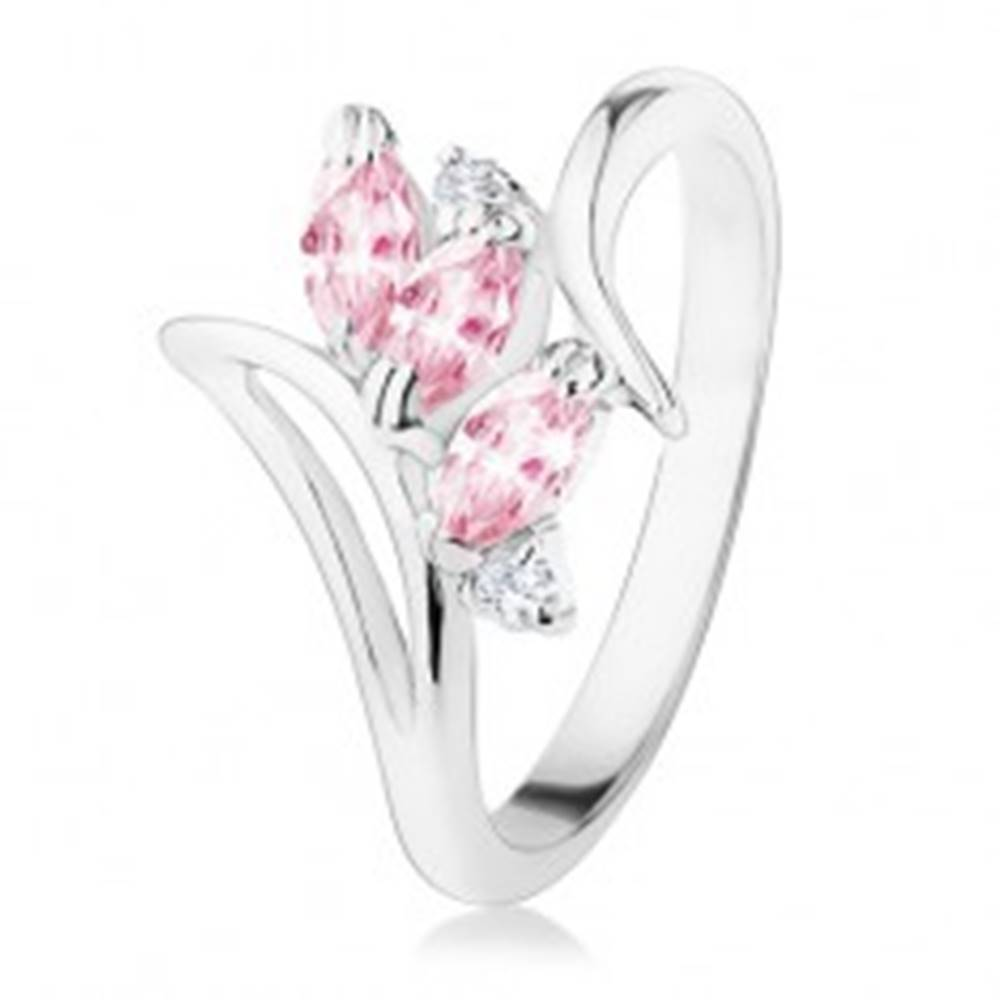 Šperky eshop Prsteň striebornej farby, zahnuté ramená, ružové a číre zirkóny - Veľkosť: 49 mm