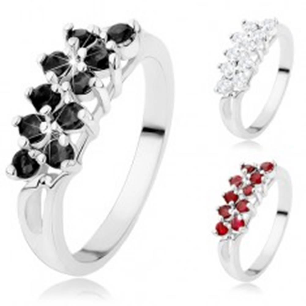 Šperky eshop Prsteň v striebornom odtieni, línie ligotavých okrúhlych zirkónikov - Veľkosť: 52 mm, Farba: Čierna