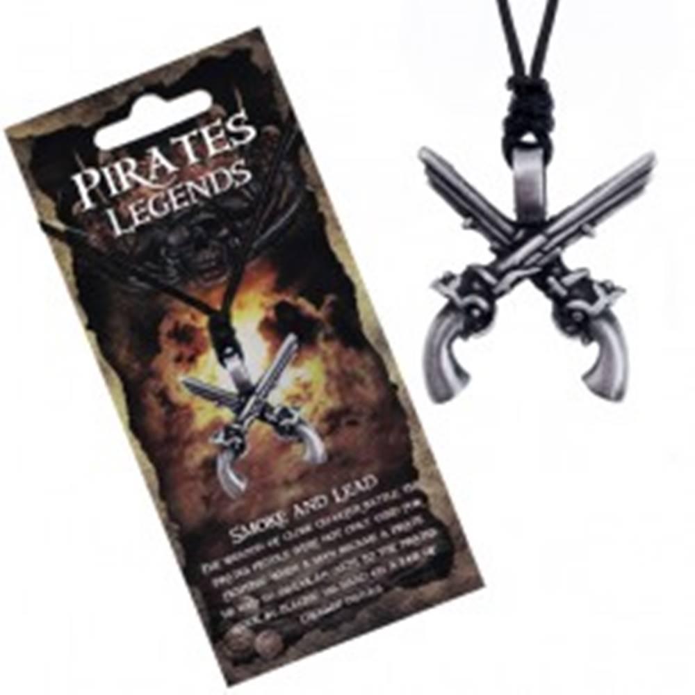 Šperky eshop Šnúrkový náhrdelník - čierny so skríženými kovovými pištoľami