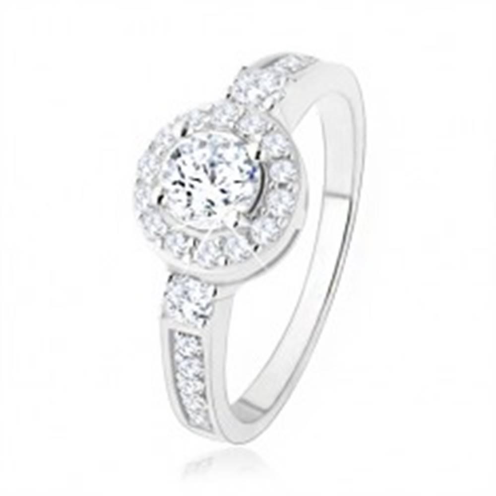 Šperky eshop Strieborný zásnubný prsteň 925, číre zirkónové slnko, ligotavé kamienky - Veľkosť: 50 mm