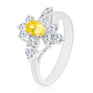 Ligotavý prsteň striebornej farby, žltý zirkónový ovál, okrúhle číre zirkóny - Veľkosť: 52 mm