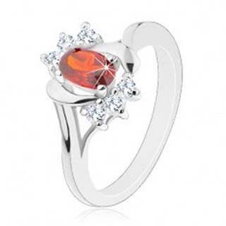Prsteň v striebornej farbe, červený zirkón, číre zirkóniky, lesklé oblúčiky - Veľkosť: 50 mm