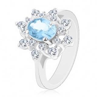 Prsteň v striebornej farbe, svetlomodrý oválny zirkón, číre zirkónové lupene - Veľkosť: 48 mm