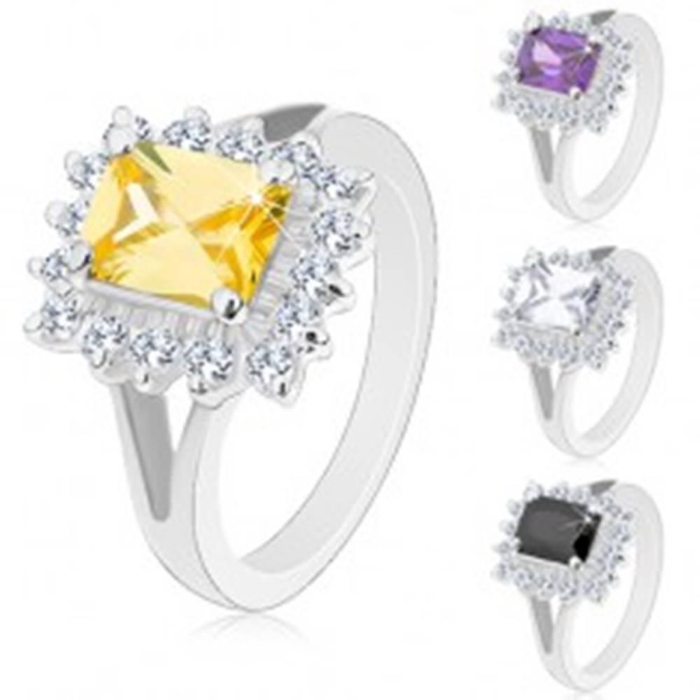 Šperky eshop Lesklý prsteň so strieborným odtieňom, veľký hranol, brúsené zirkóny - Veľkosť: 49 mm, Farba: Číra