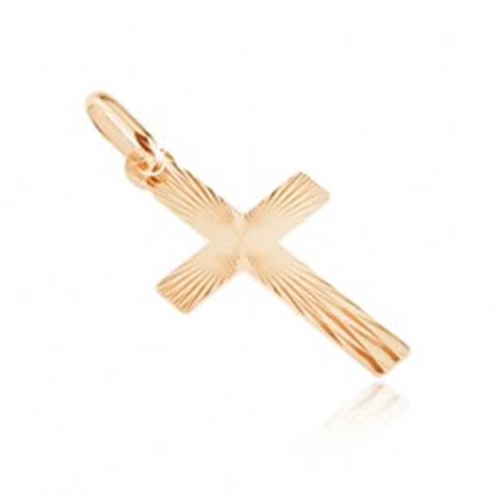 Šperky eshop Zlatý plochý prívesok 585 - kríž, lesklé pravidelné črepiny na povrchu