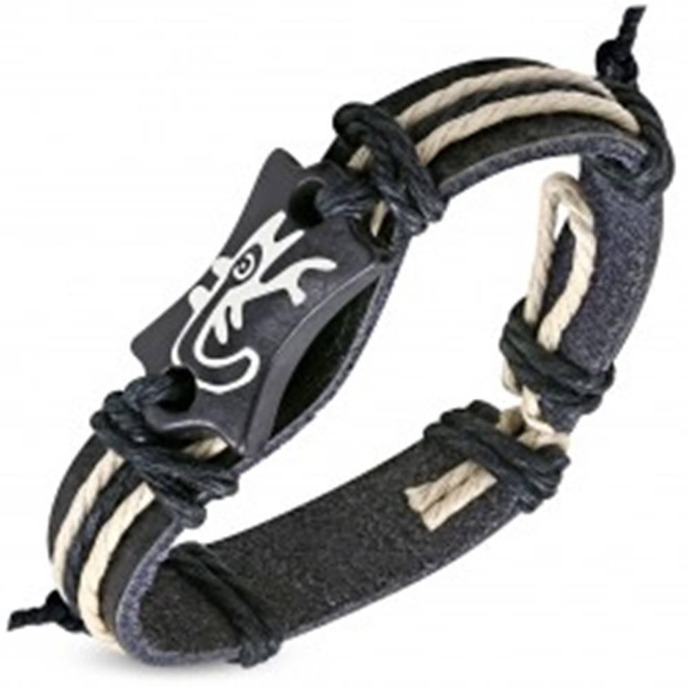 Šperky eshop Čierny náramok z umelej kože - známka s motívom jašteričky a šnúrky