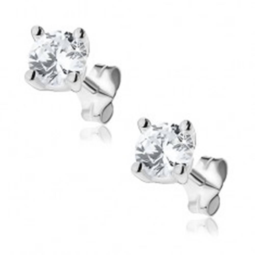 Šperky eshop Náušnice zo striebra 925 - číry zirkón uchytený kolíčkami - Veľkosť zirkónu: 3 mm