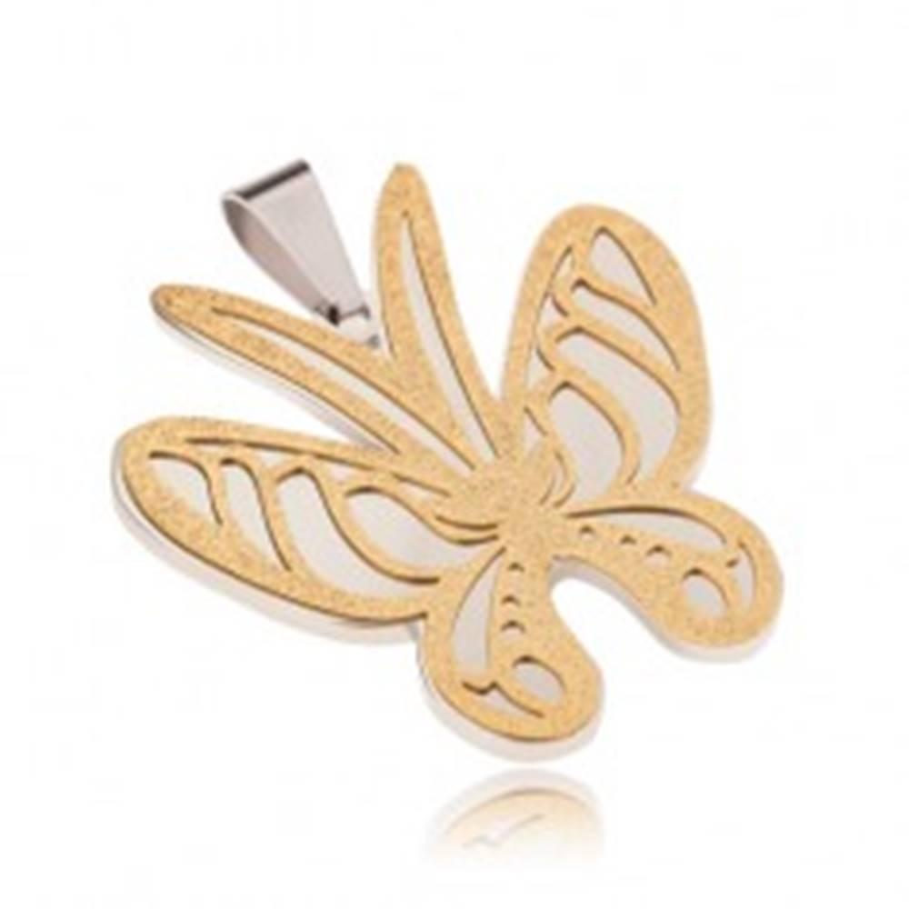 Šperky eshop Prívesok zlato-striebornej farby z ocele, motýľ s pieskovaným povrchom