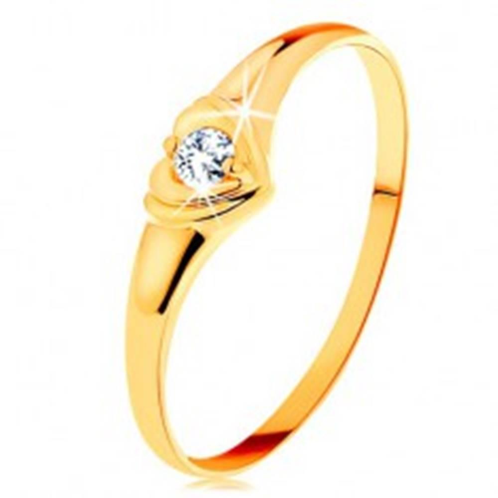 Šperky eshop Diamantový zlatý prsteň 585 - ligotavé srdiečko so vsadeným okrúhlym briliantom - Veľkosť: 50 mm