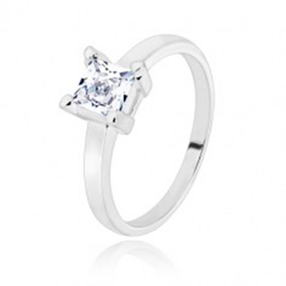 Šperky eshop Strieborný 925 prsteň - úzke ramená, transparentný zirkónový štvorec, 5 mm - Veľkosť: 49 mm