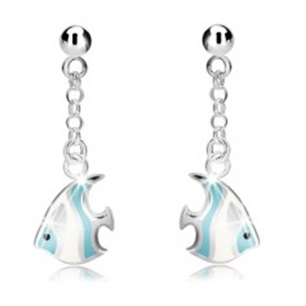 Šperky eshop Strieborné náušnice 925 - guľôčka a bielo-modrá morská ryba na retiazke, puzetky