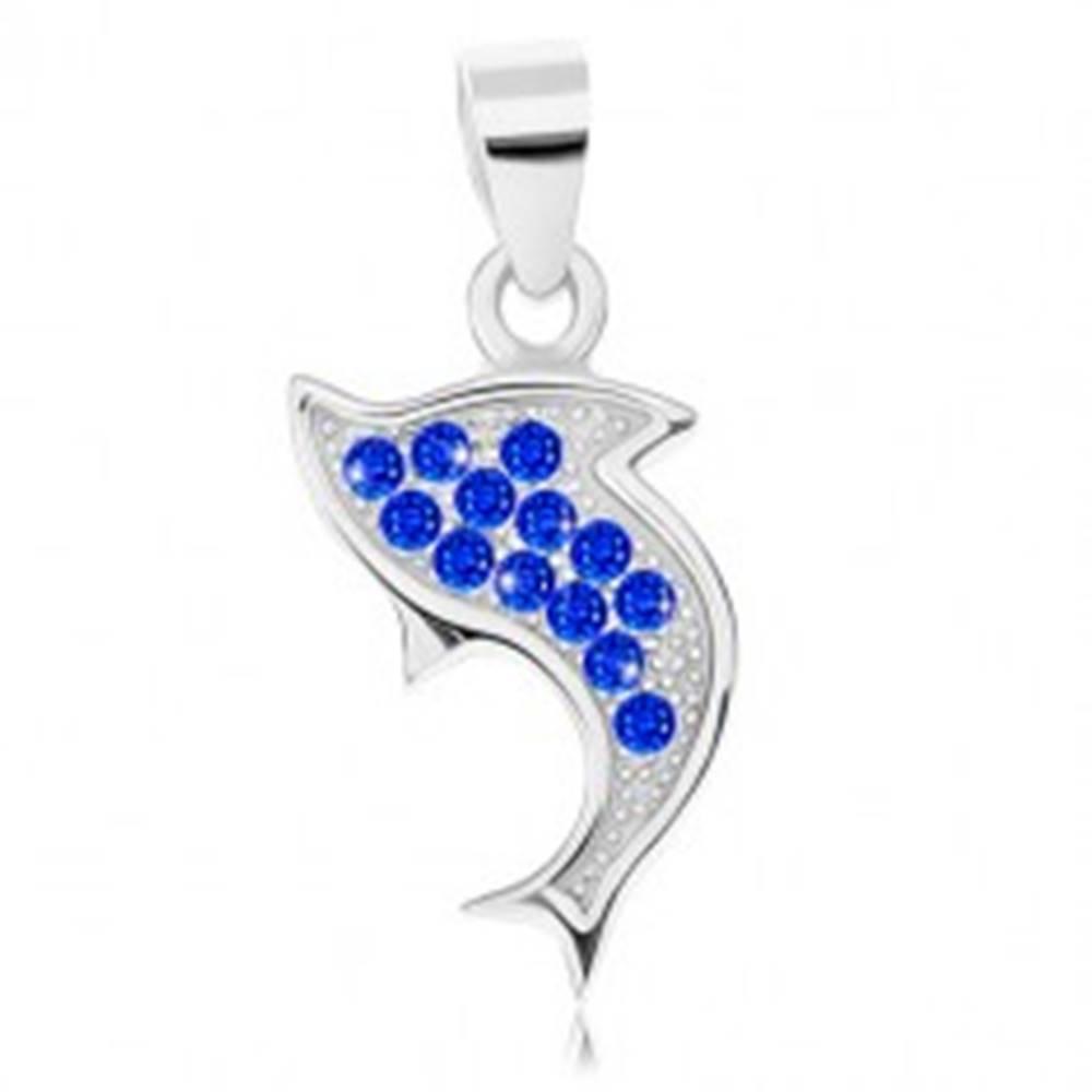 Šperky eshop Prívesok zo striebra 925, ródiovaný, obrys skáčúceho delfína, modré zirkóniky