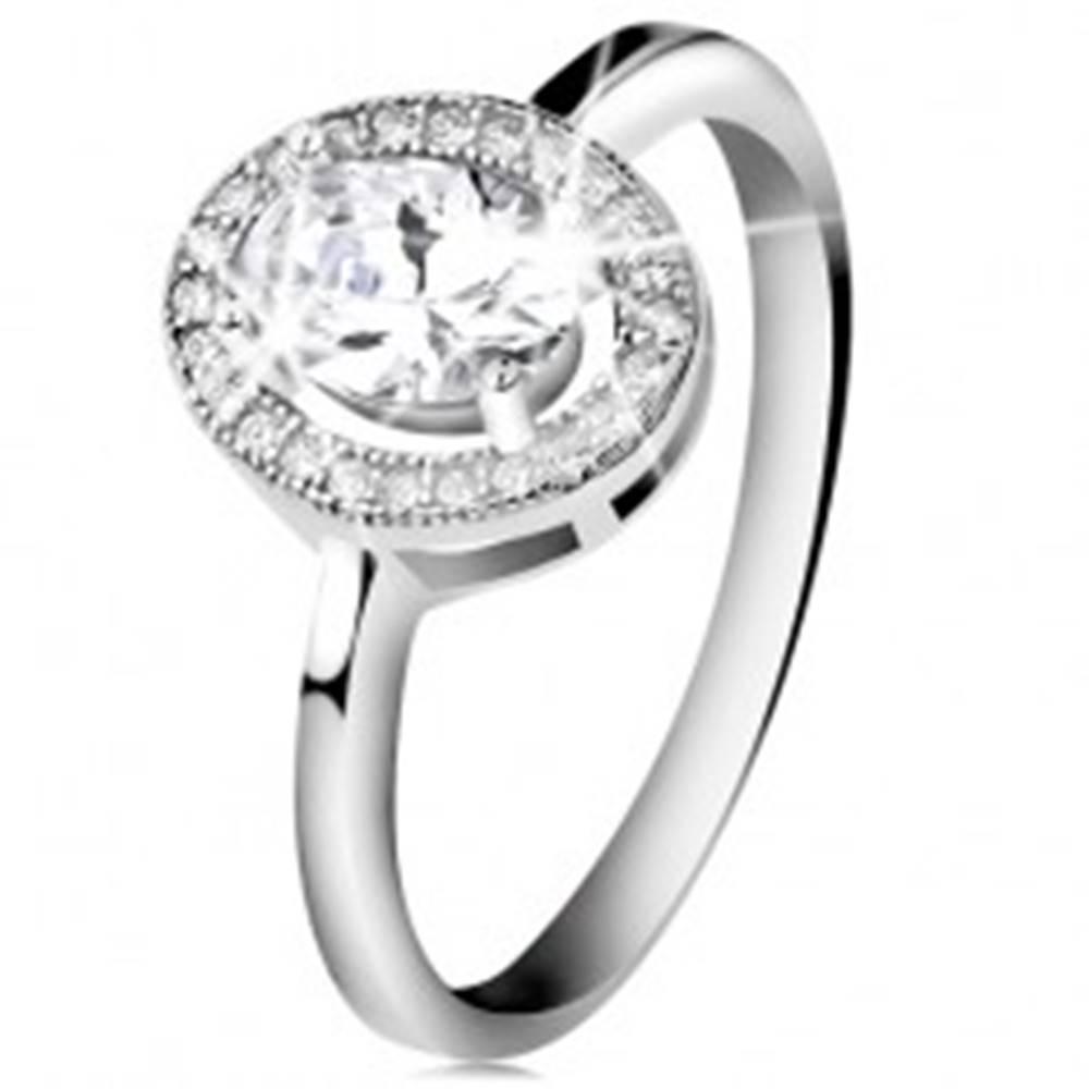 Šperky eshop Strieborný prsteň 925, brúsený oválny zirkón, číry ligotavý lem - Veľkosť: 47 mm