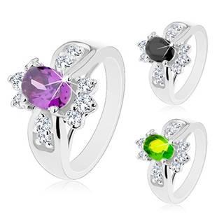 Lesklý prsteň s rozšírenými ramenami, farebný oválny zirkón, okrúhle číre zirkóniky - Veľkosť: 52 mm, Farba: Zelená