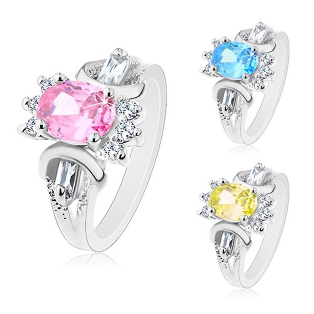 Šperky eshop Prsteň v striebornom odtieni, brúsený farebný ovál, okrúhle a obdĺžnikové číre zirkóniky - Veľkosť: 49 mm, Farba: Žltá